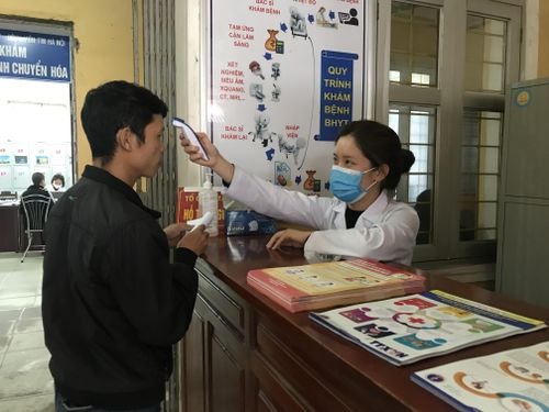 Nhiều trường hợp nghi nhiễm COVID-19 ở Việt Nam đều có kết quả âm tính