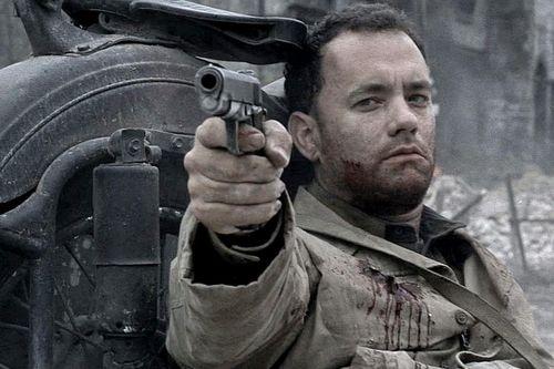 Tom Hanks từng chiến thắng nghịch cảnh trên màn ảnh ra sao?
