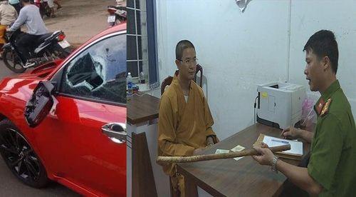 Lý do đình chỉ vụ án thầy chùa 'múa gậy' đập vỡ kính ô tô vì 'bấm còi inh ỏi'