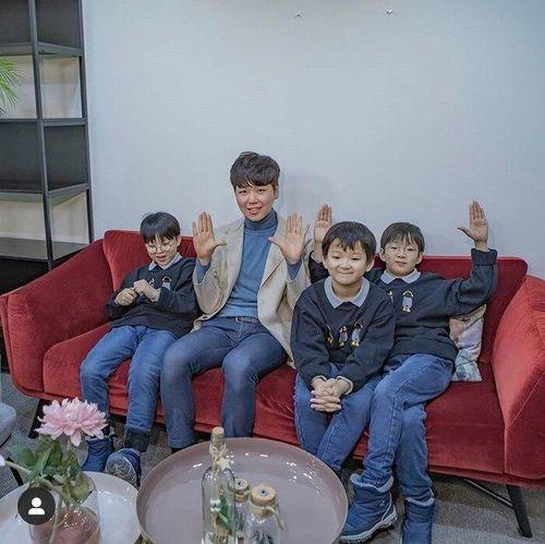 Bộ đôi Seo Eon - Seo Jun và bộ ba Daehan Minguk Manse mừng sinh nhật!