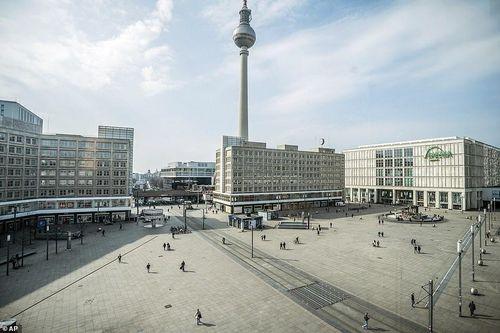 Hơn 9.300 ca nhiễm virus corona, Đức khẩn trương xây bệnh viện dã chiến