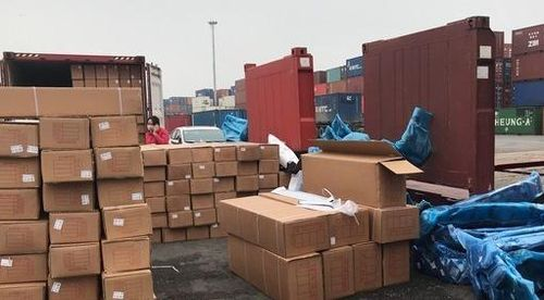 Hải Phòng: Phát hiện lô phụ kiện ô tô Trung Quốc không khai báo hải quan