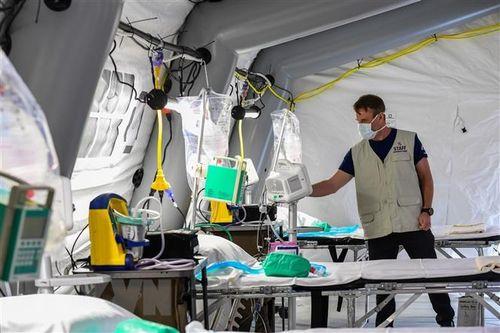 Italy: Số ca tử vong tăng 'kỷ lục', cảnh báo COVID-19 ở viện dưỡng lão