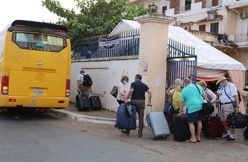 Campuchia xác nhận nhiều du khách nước ngoài âm tính với Covid-19
