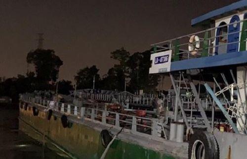 Thông tin mới nhất vụ tàu chở xăng 1.000 tấn bốc cháy dữ dội trên sông Đồng Nai