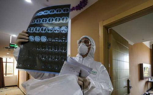 41,5% ca mắc COVID-19 ở Việt Nam không có triệu chứng ho, sốt, tức ngực, khó thở