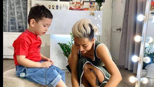 Làm mẹ đơn thân, cuộc sống của Thảo Trang 'xấu lạ' như thế nào?