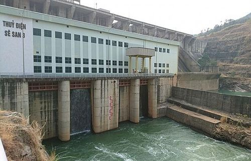 Thủy điện Ialy mùa hạn