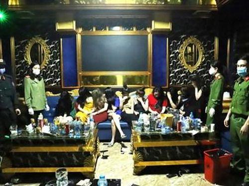 Vụ 75 dân chơi dự 'đại tiệc' ma túy trong khách sạn ở Hà Tĩnh: Khởi tố 2 'dân chơi'