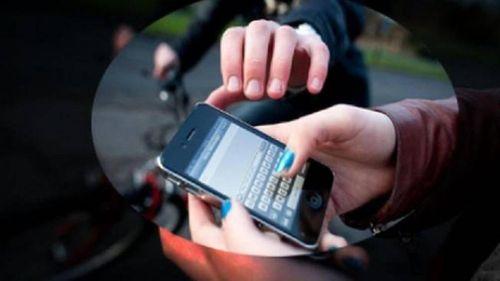 Mua dâm nhầm 'nam giả nữ', thanh niên bị cướp điện thoại iPhone 11 Promax