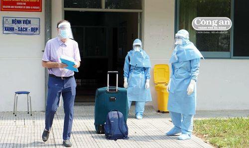 Nữ du khách Mỹ bỏ trốn có kết quả âm tính với Covid-19