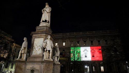 Chống Covid-19, người Italy bắt đầu thấy 'ánh sáng cuối đường hầm'