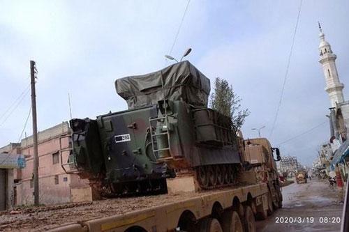 Lo ngại phòng không của Thổ Nhĩ Kỳ, không quân Nga - Syria 'nhường sân chơi' cho pháo binh