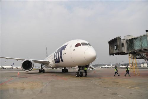 Ngành hàng không thế giới sẽ mất nhiều năm để phục hồi sau dịch bệnh