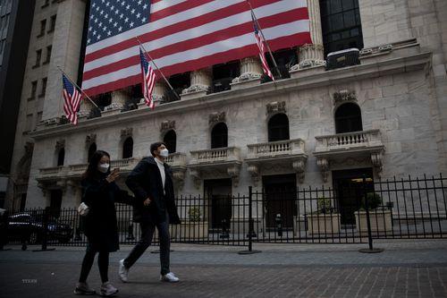 S&P duy trì xếp hạng AA+ với nợ công của Mỹ bất chấp dịch COVID-9