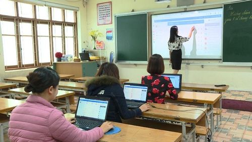 Quảng Ninh: Thí điểm dạy học trực tuyến đồng bộ ở 3 cấp học