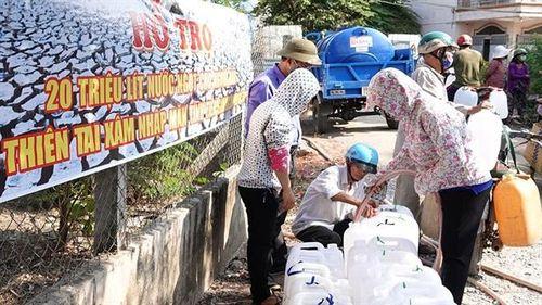 Xã không chạy máy lọc nước mặn: 'Tốn 40 ngàn tiền điện/ngày'