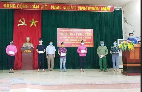 Xã Đồng Tâm, huyện Mỹ Đức: 175 triệu đồng hỗ trợ 64 hộ nghèo phòng, chống dịch Covid-19