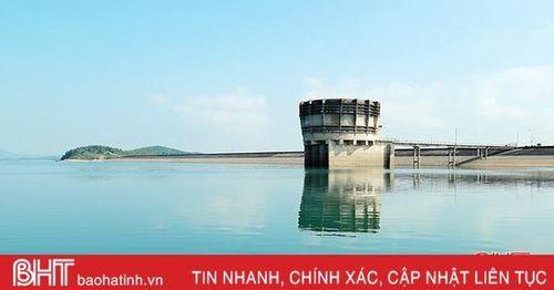 Hồ chứa lớn ở Hà Tĩnh đạt trên 84% dung tích thiết kế, cao hơn cùng kỳ