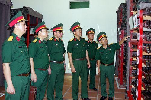 Cục Quân khí kiểm tra công tác kỹ thuật tại Quảng Ninh