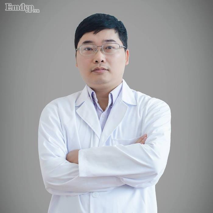 Thạc sĩ, Bác sĩ Nguyễn Hoàng Hà hiện đang là chủ cơ sở thẩm mỹ Hoàng Hà.