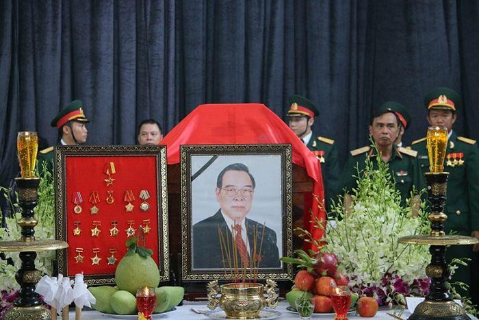 Di Ảnh Nguyên Thủ Tướng Chính Phủ Phan Văn Khải