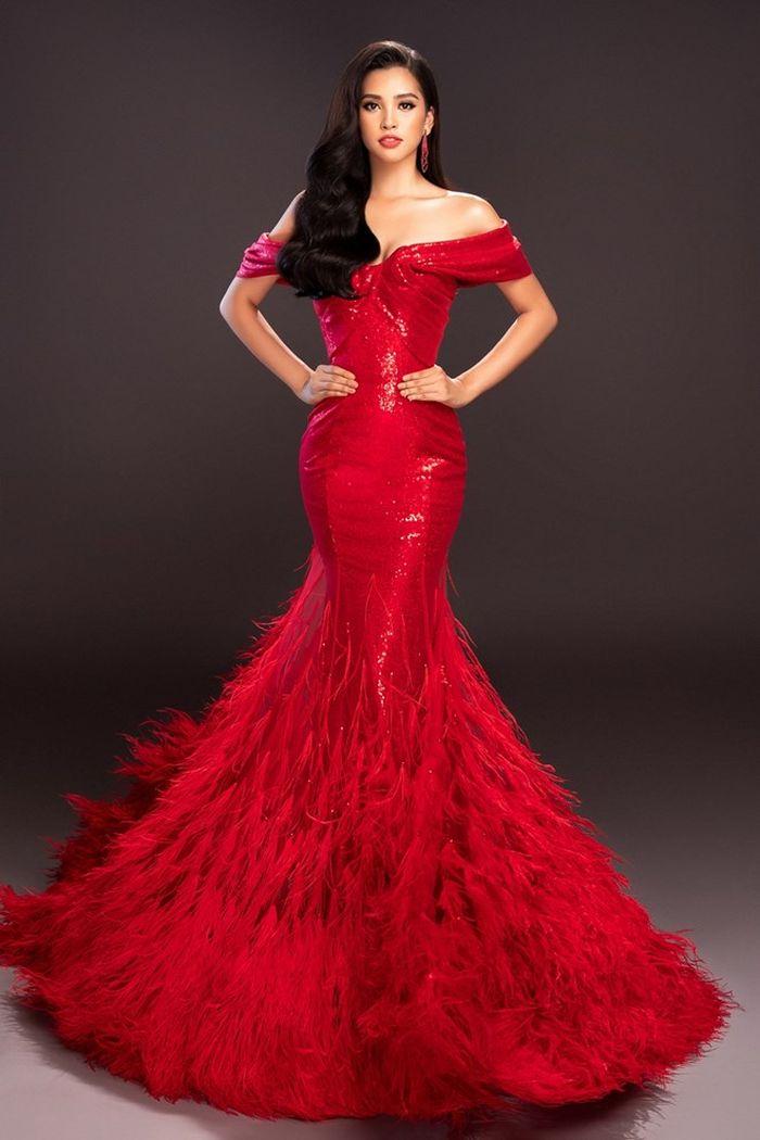 Trong bộ ảnh mới nhất vừa được công bố, Hoa hậu Trần Tiểu Vy đã thể hiện thần thái 'Beauty queen' đúng chuẩn quốc tế. (Ảnh: Mr. AT)