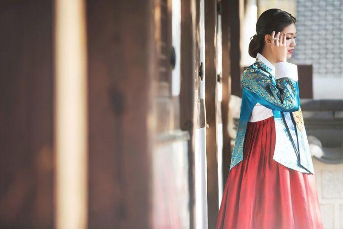 Học vấn Á hậu Thanh Tú - Người lên xe hoa cùng đại gia U40: Tốt nghiêp ĐH danh giá, thành thạo tới 3 loại ngoại ngữ