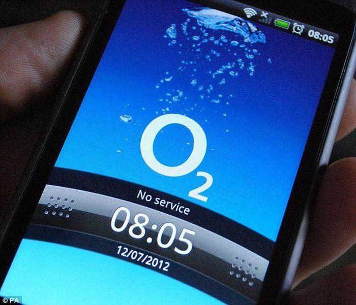 Không chỉ Việt Nam, hàng chục triệu người dùng Anh và Nhật Bản cũng gặp sự cố dữ liệu 4G ảnh 1