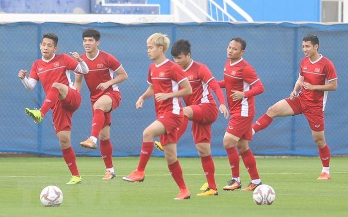 Hình Ảnh Đội Tuyển Việt Nam Tập Buổi Thứ 2 Trên Sân Phụ Ở Dubai