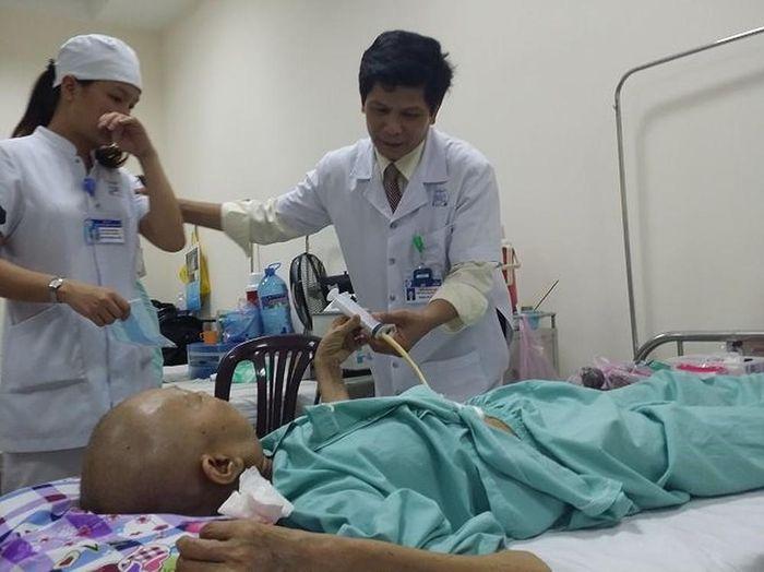 Hết thuốc, bệnh nhân ung thư phổi có nguy cơ gián đoạn điều trị ...