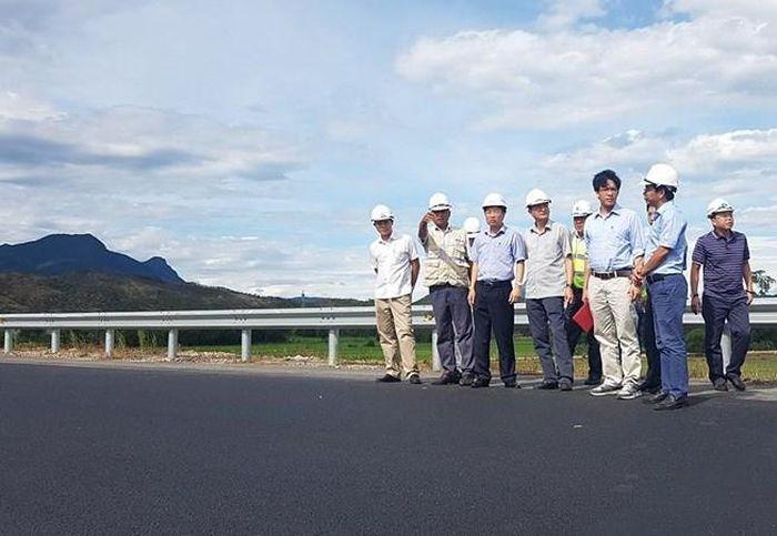 Báo PLO: Hằn lún cao tốc Đà Nẵng-Quảng Ngãi, đề nghị cân tải trọng xe