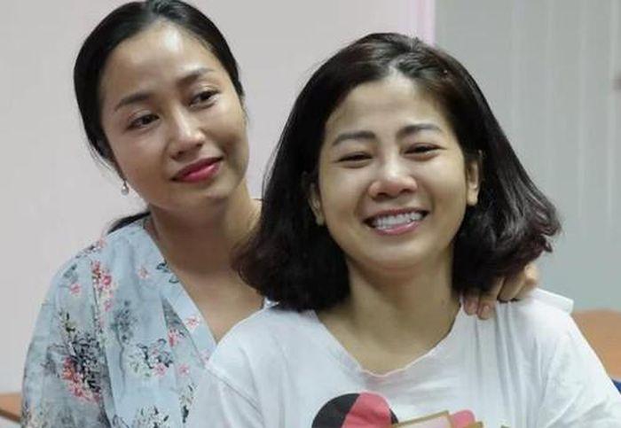 Mai Phương nhập viện vì ung thư trở nặng, bụng bị chướng