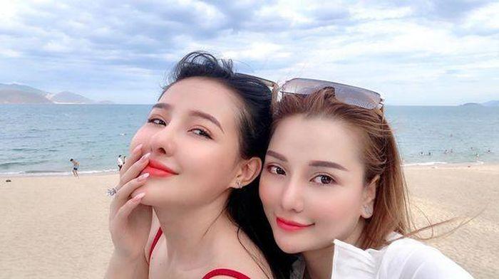 Đây là lý do Ngân 98 và Mon 2k được xem 'Cô gái vàng trong làng khoe thân Việt'?
