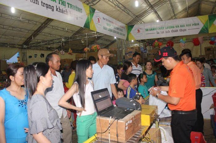Từ ngày 3 đến 6-10: Diễn ra phiên chợ 'Tự hào hàng Việt Nam' tại huyện Phú Tân, tỉnh An Giang