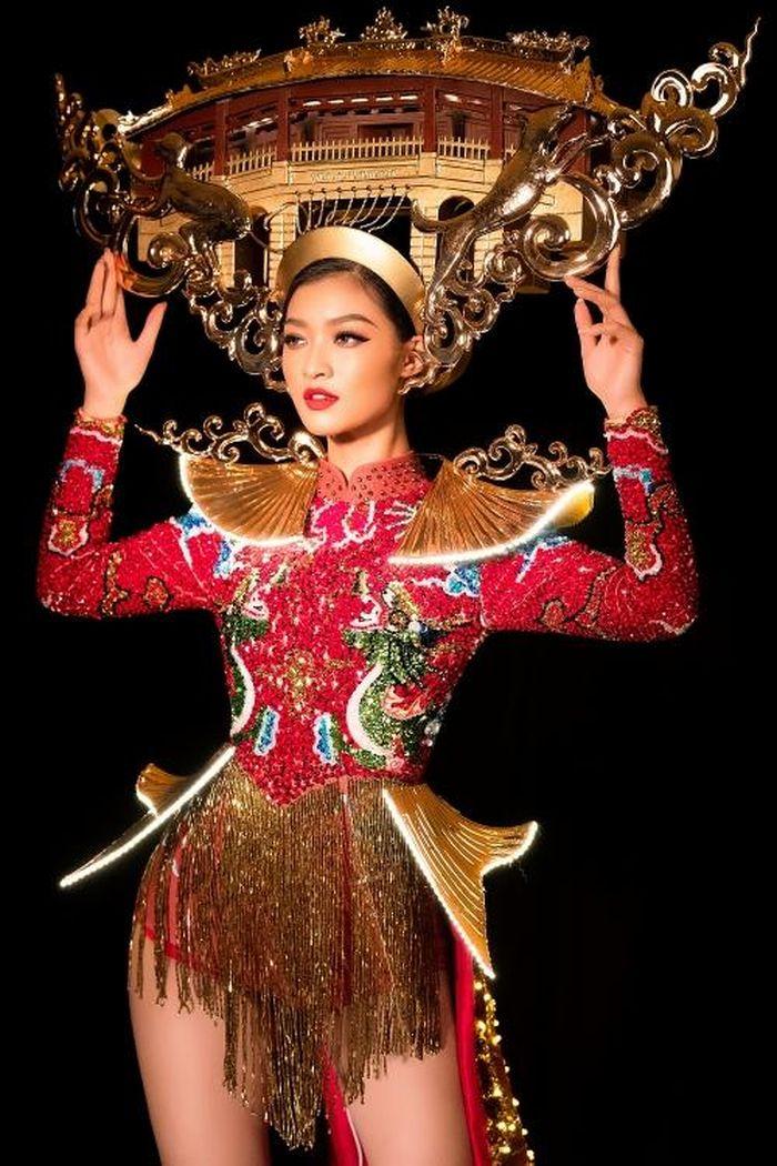 Á hậu Kiều Loan gây tiếc nuối vì sự cố trang phục trước giờ thi