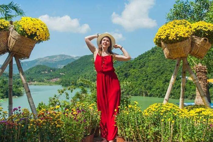Xuân về với Galina Lake View - Báo Khánh Hòa