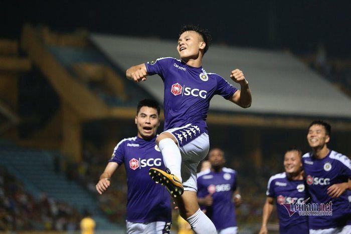 Hà Nội FC góp hơn 1,5 tỷ đồng chống dịch Covid-19