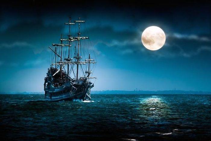 Con tàu phát ra âm thanh ma quái, cứ có người đến gần là biến mất