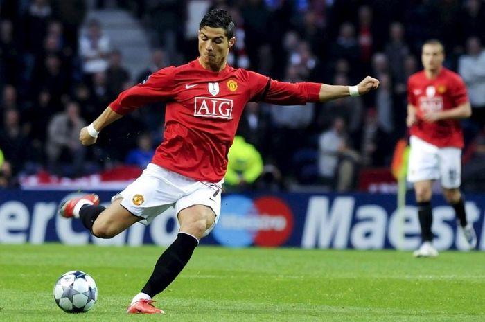 Sir Alex khích tướng và khoảnh khắc thiên tài của Ronaldo