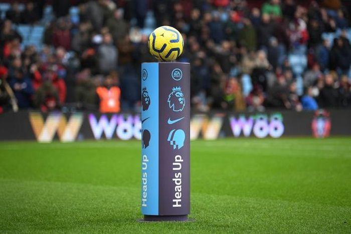 Tại sao Premier League không nên sớm trở lại?