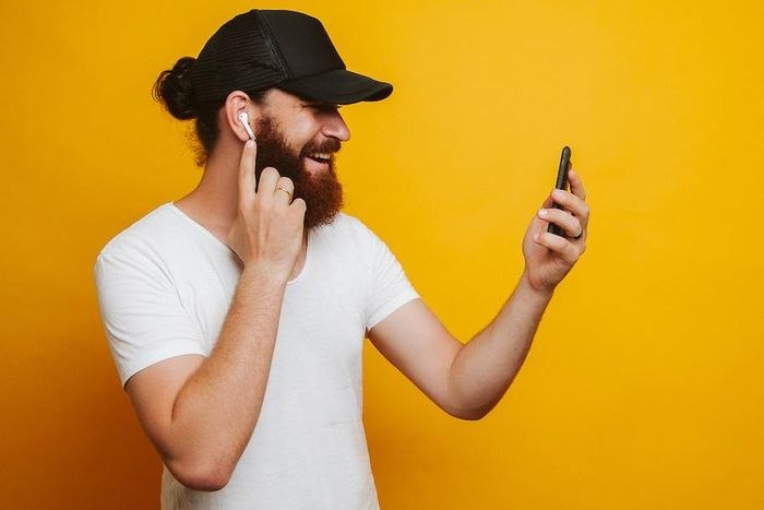9 mẹo dùng tai nghe không dây AirPods đúng chuẩn dân sành