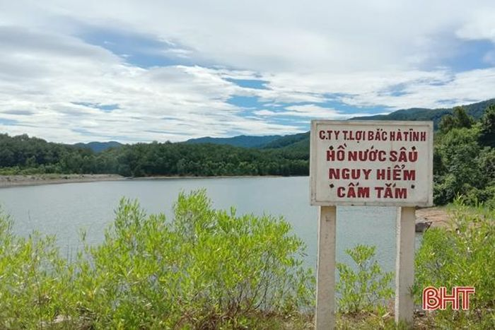 Hà Tĩnh: Rủ nhau đi tắm đập, nam sinh lớp 10 tử vong thương tâm