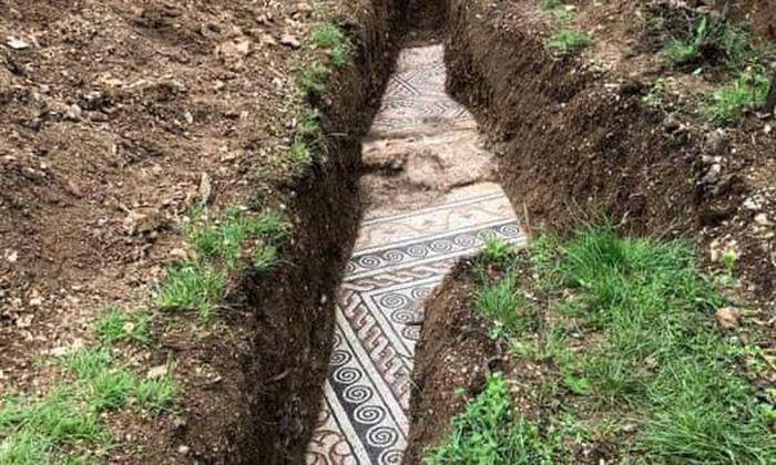 Phát hiện sàn nhà gạch khảm tinh xảo 2.000 năm thời La Mã