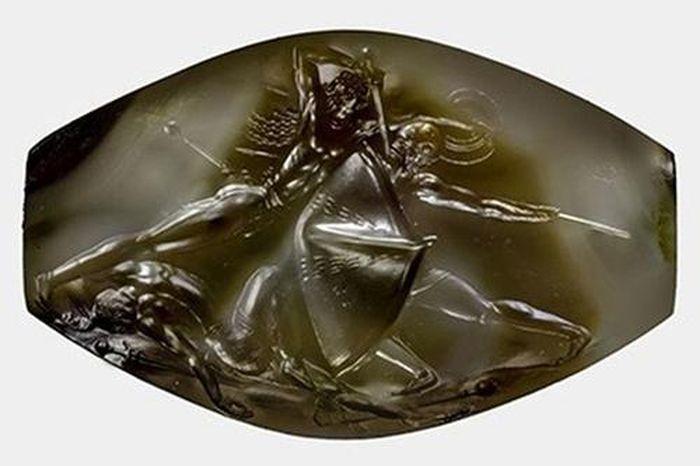 Hình ảnh xuyên không trong viên ngọc 3.500 tuổi thách thức trí tuệ khoa học