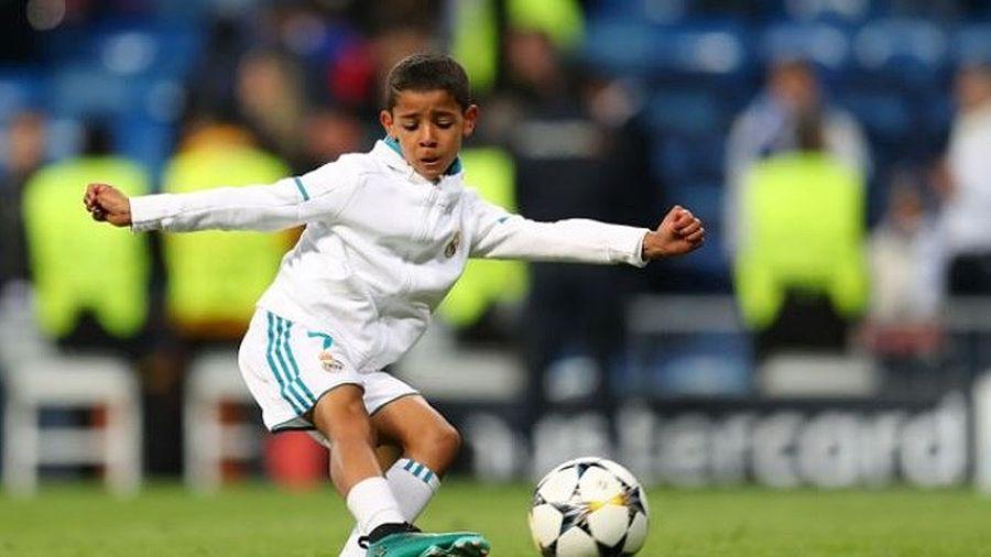 Clip: Ronaldo 'con' phô diễn kỹ thuật và khả năng dứt điểm tuyệt vời