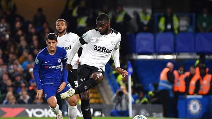 Chelsea và Arsenal cùng thắng trận với diễn biến lạ lùng ở League Cup