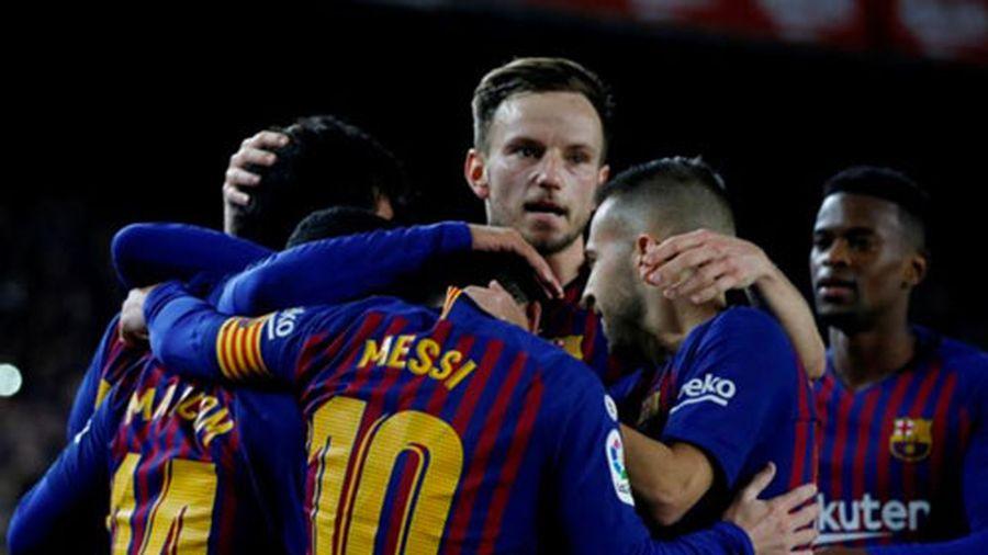 Đánh bại Villarreal, Barcelona trở lại ngôi đầu bảng La Liga