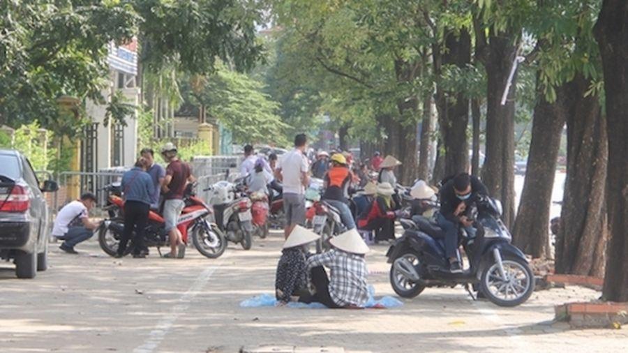 Trận bán kết Việt Nam - Philippines: Phe vé hét giá... 'trên trời'