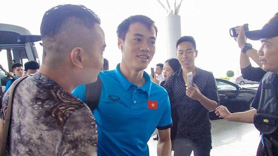 Văn Toàn có thể đá chung kết lượt đi AFF Cup 2018?